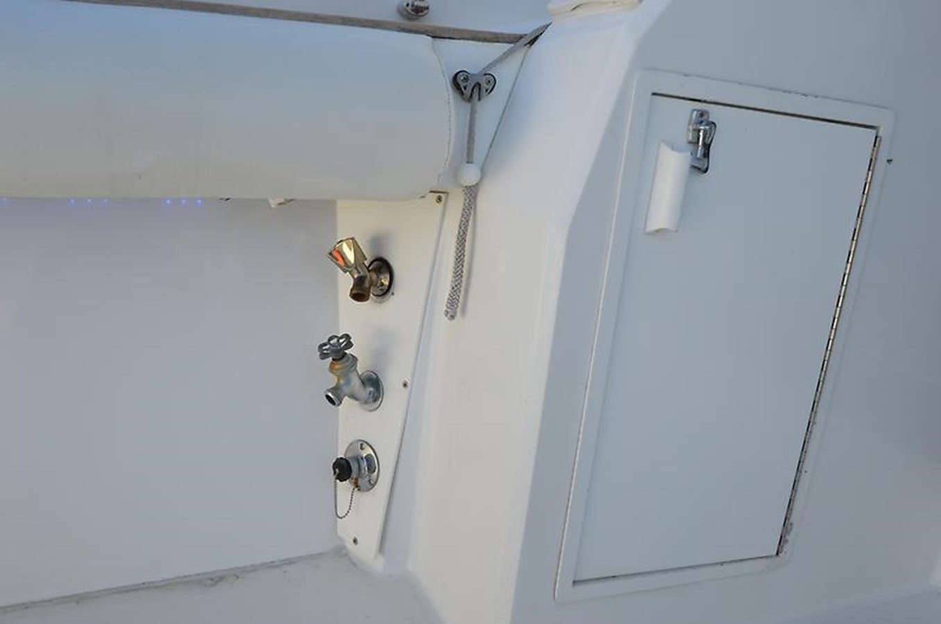 Washdown and Dockside Water Inlet - 45 VIKING For Sale