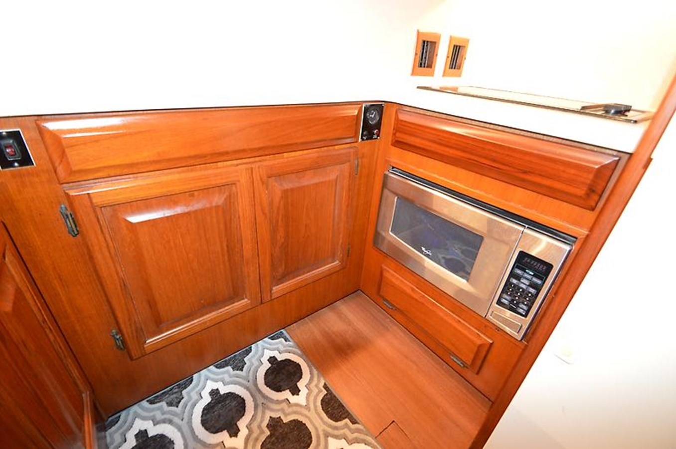 Microwave and Cabinets - 45 VIKING For Sale