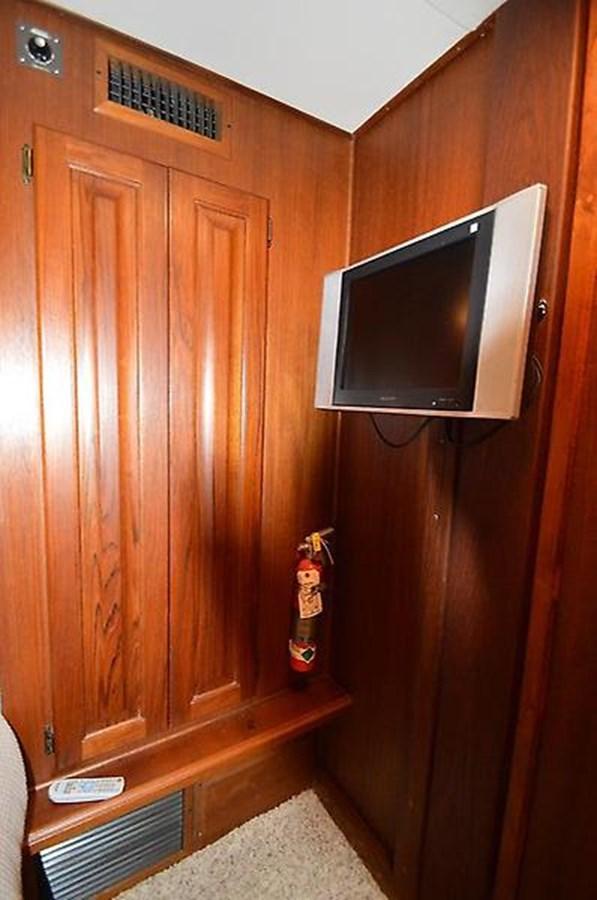 Bunkroom HDTV - 45 VIKING For Sale