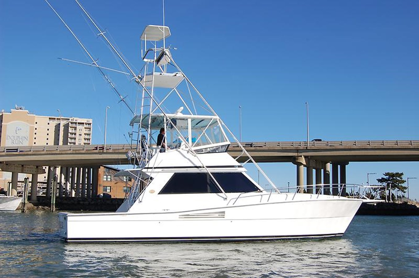 Stbd Profile - 45 VIKING For Sale