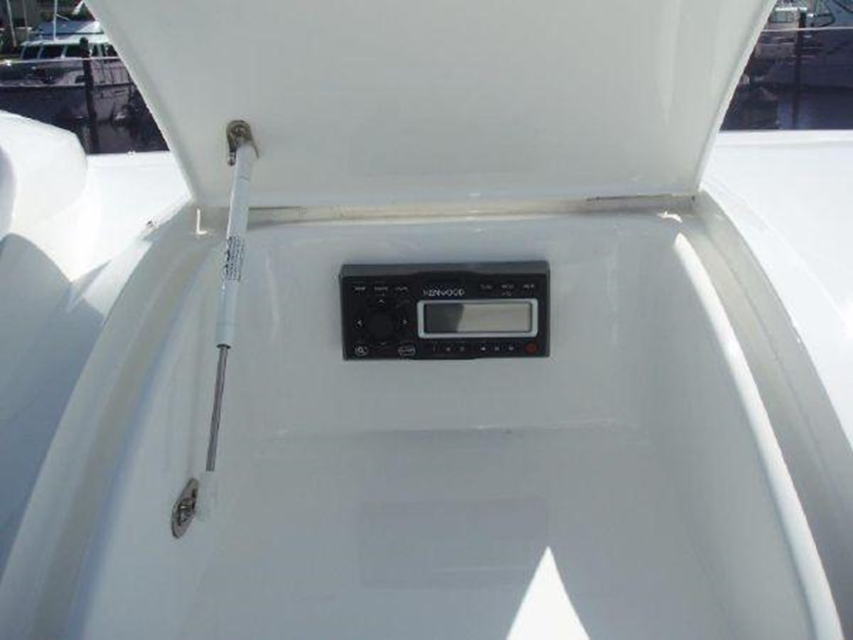 60 Princess Flybridge Controls - 60 PRINCESS YACHTS For Sale