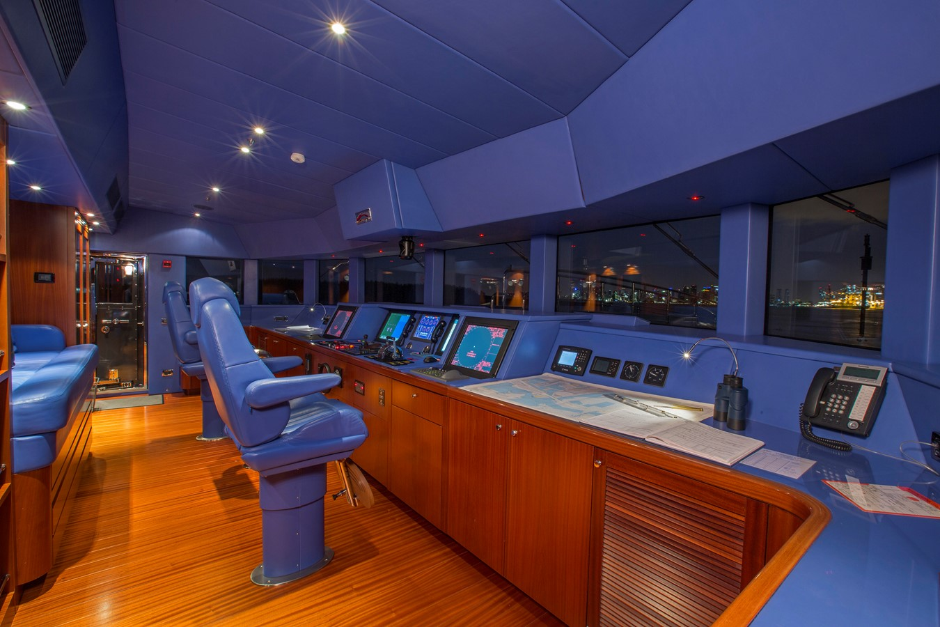 Third Deck, Helm - 214 CODECASA For Sale