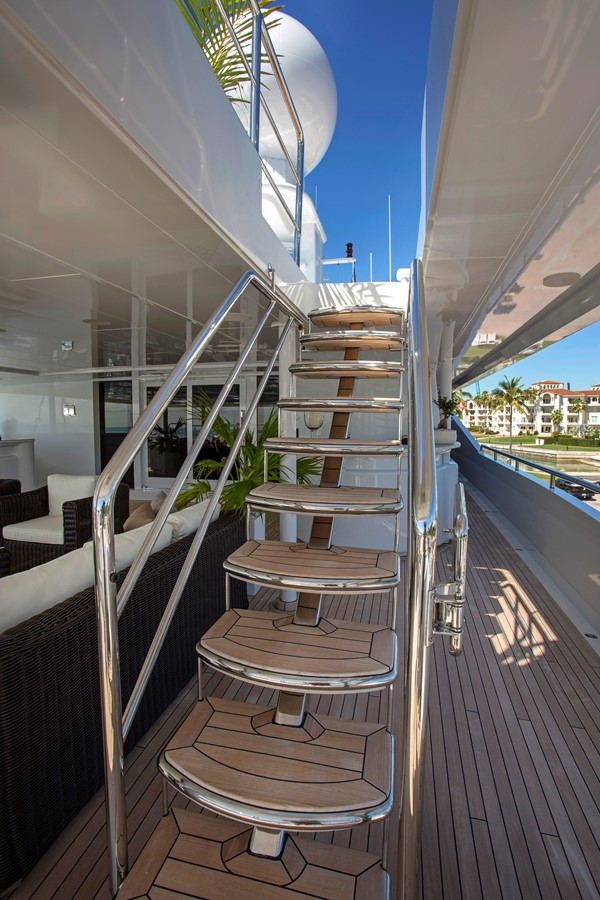 Stairway to Forth Deck, Sun Deck - 214 CODECASA For Sale