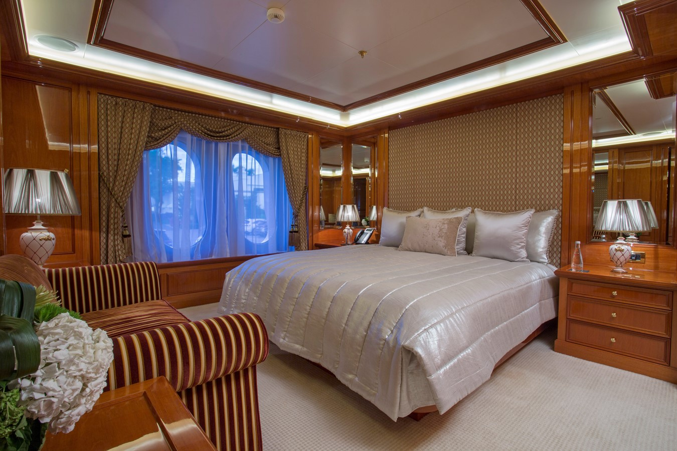 Main Deck, Forward Stateroom - Starboard - 214 CODECASA For Sale