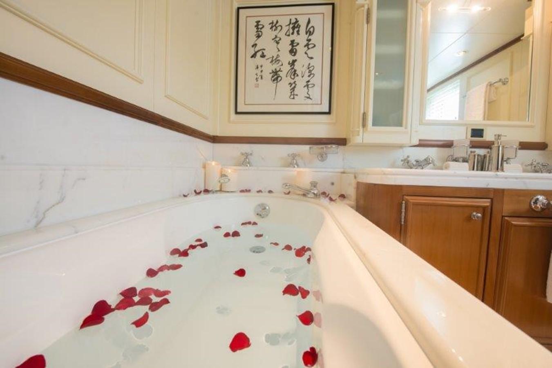 Master suite head tub - 193 SCHEEPSWERF SMIT For Sale