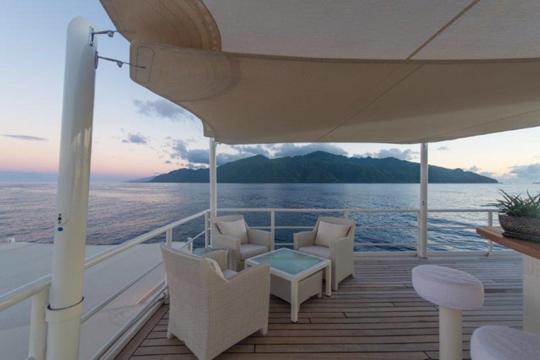 Bridge deck seating - 193 SCHEEPSWERF SMIT For Sale