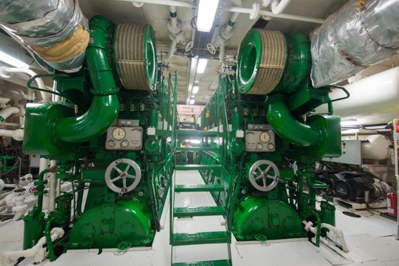 Engine room main engines - 193 SCHEEPSWERF SMIT For Sale
