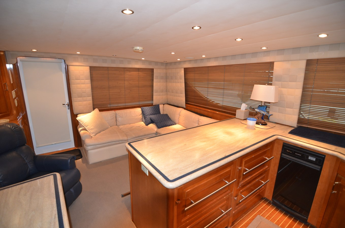 Galley - 55 HATTERAS For Sale