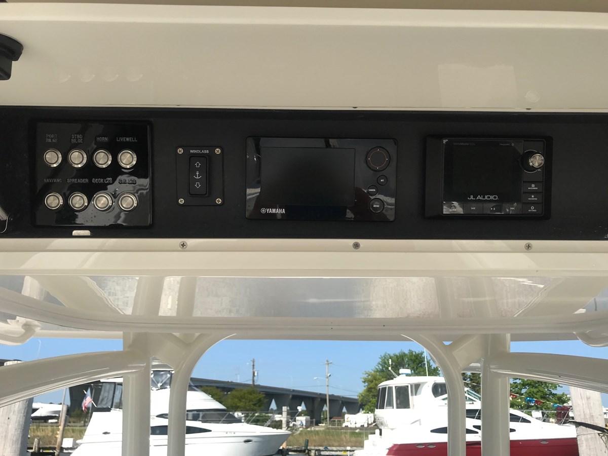 Overhead Electronics Box - 34 JUPITER For Sale