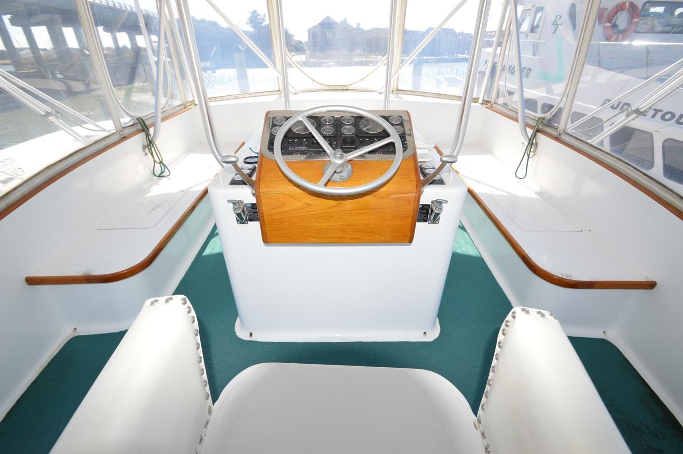 58 Bobby Sullivan - Flying Bridge - 58 Custom Carolina Bobby Sullivan For Sale