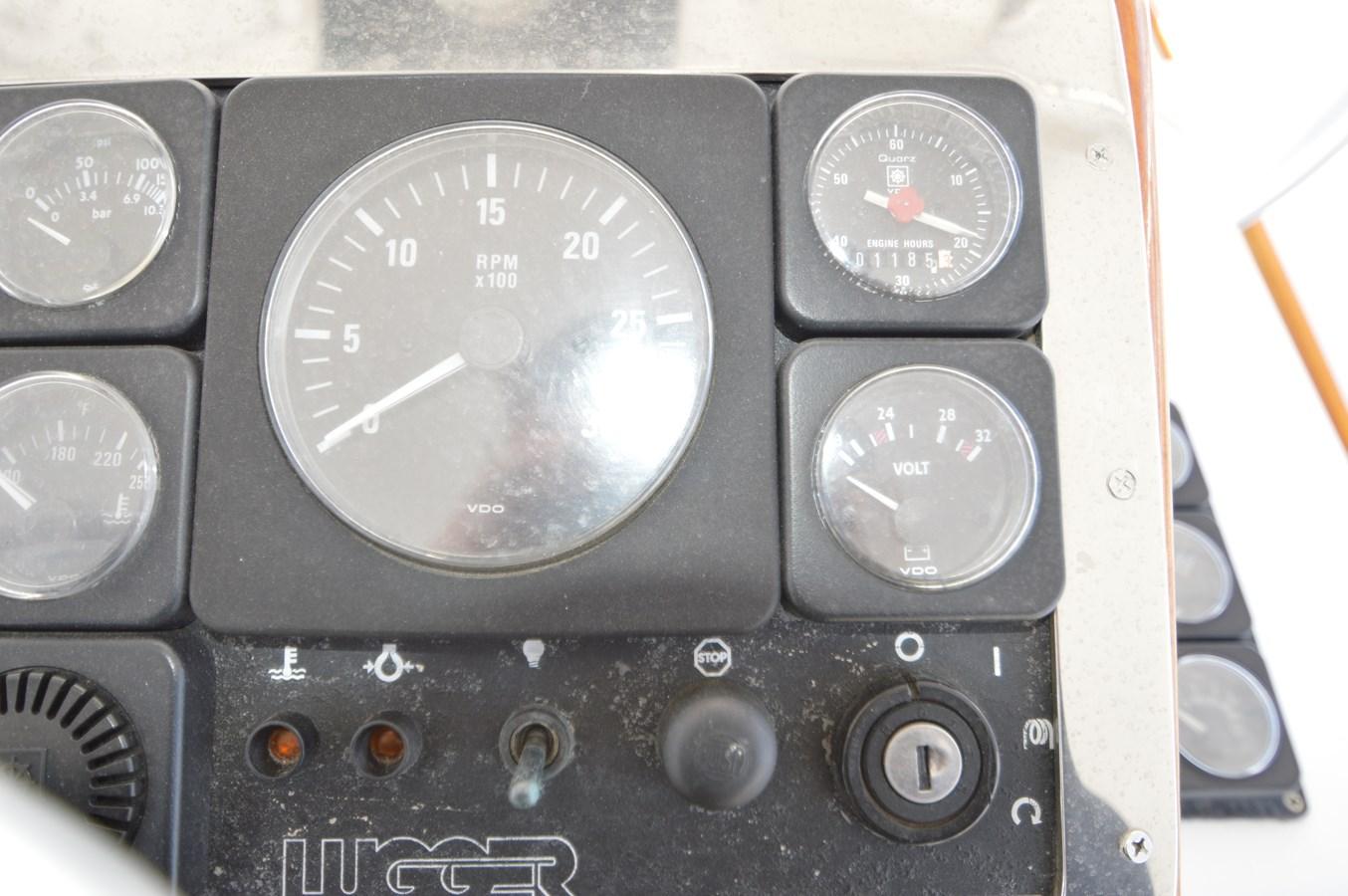 58 Bobby Sullivan - Stbd Engine Gauge Package - 58 Custom Carolina Bobby Sullivan For Sale