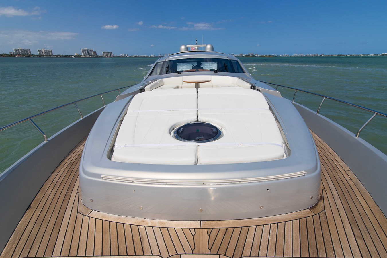 80 Pershing Foredeck - 80 PERSHING For Sale