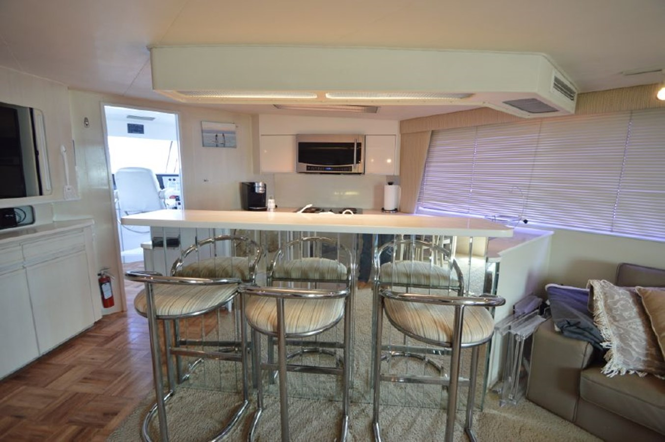 Dining - 54 HATTERAS For Sale