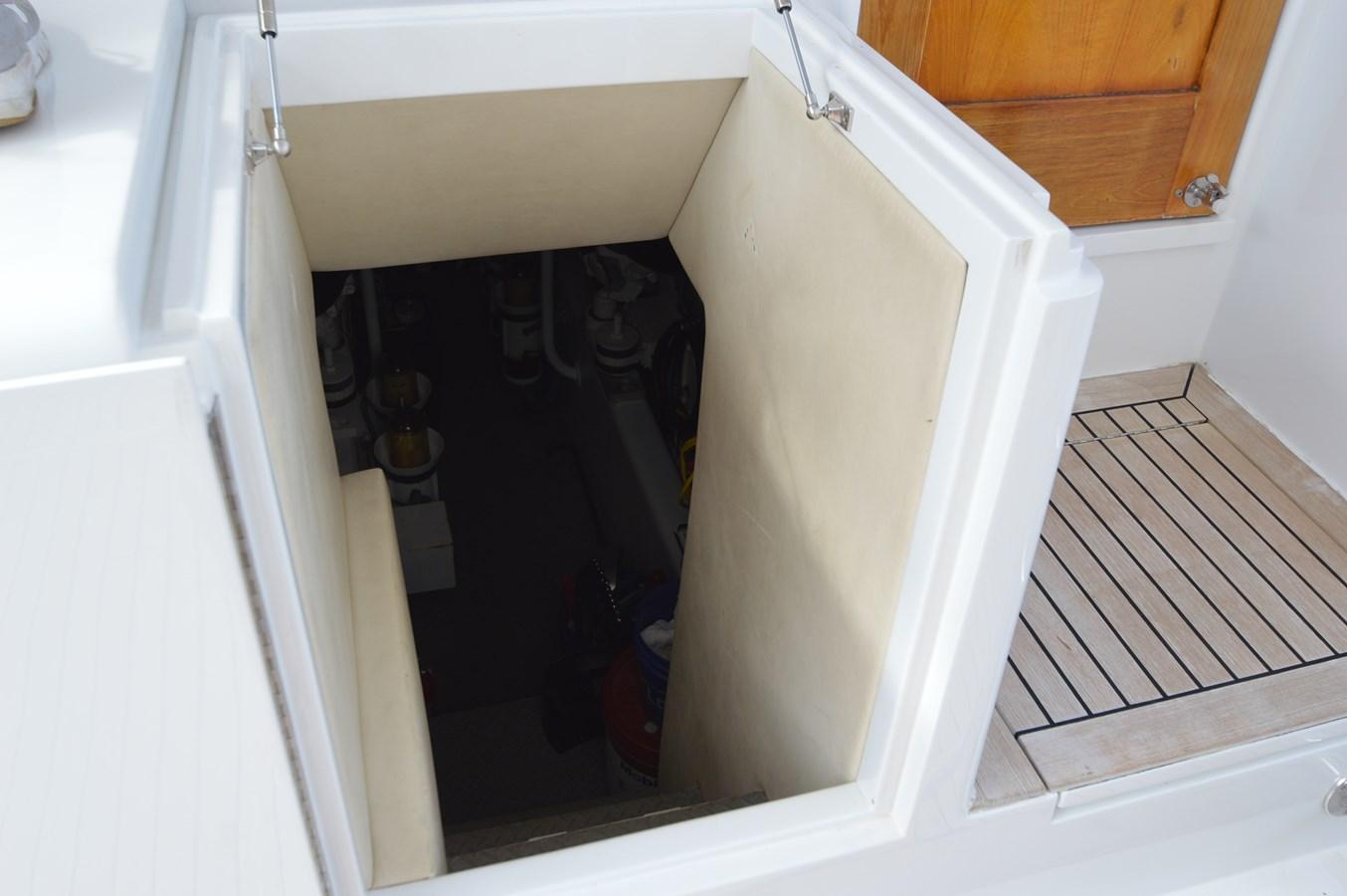 Engine Room Access - 58 BUDDY DAVIS For Sale