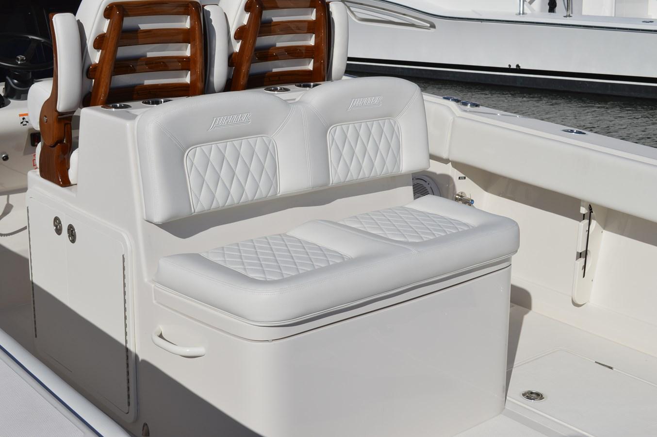 Rear Facing Cockpit Seating - 38 JUPITER For Sale