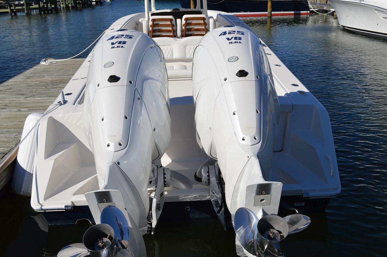 Twin Yamaha 425 Engines - 38 JUPITER For Sale