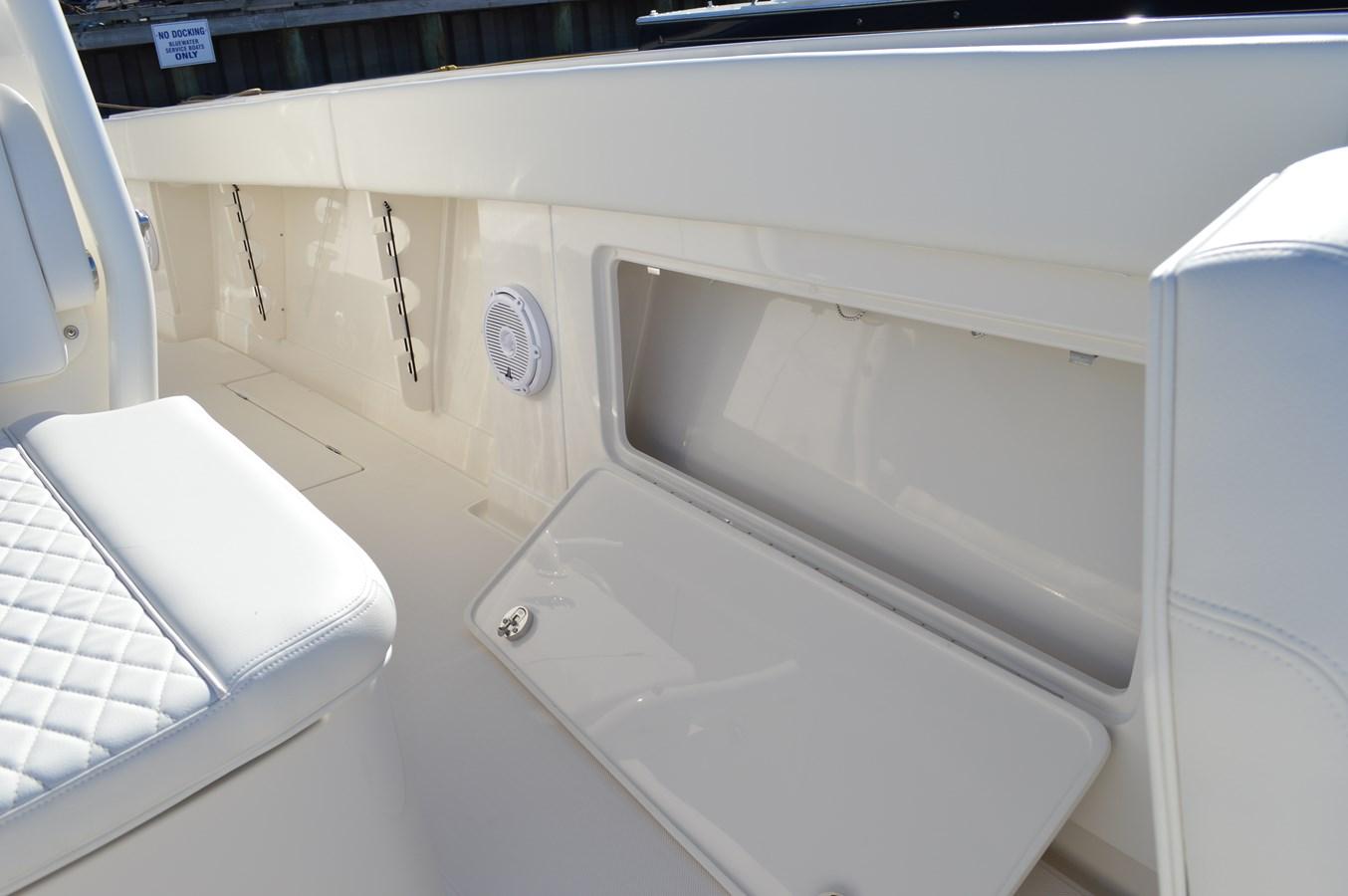 Storage Compartment under Gunwale - 38 JUPITER For Sale