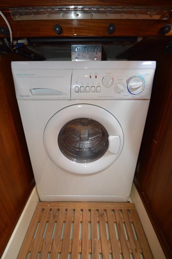 Laundry - 48 SAN JUAN For Sale