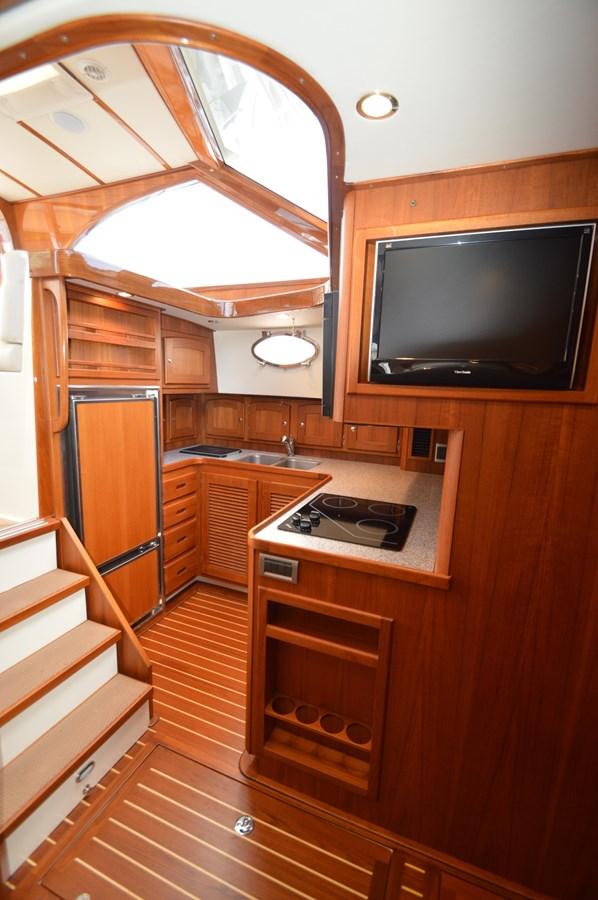 Galley/TV - 48 SAN JUAN For Sale