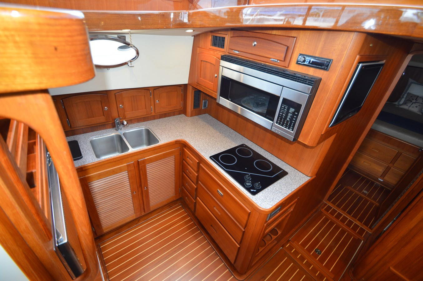 Galley - 48 SAN JUAN For Sale