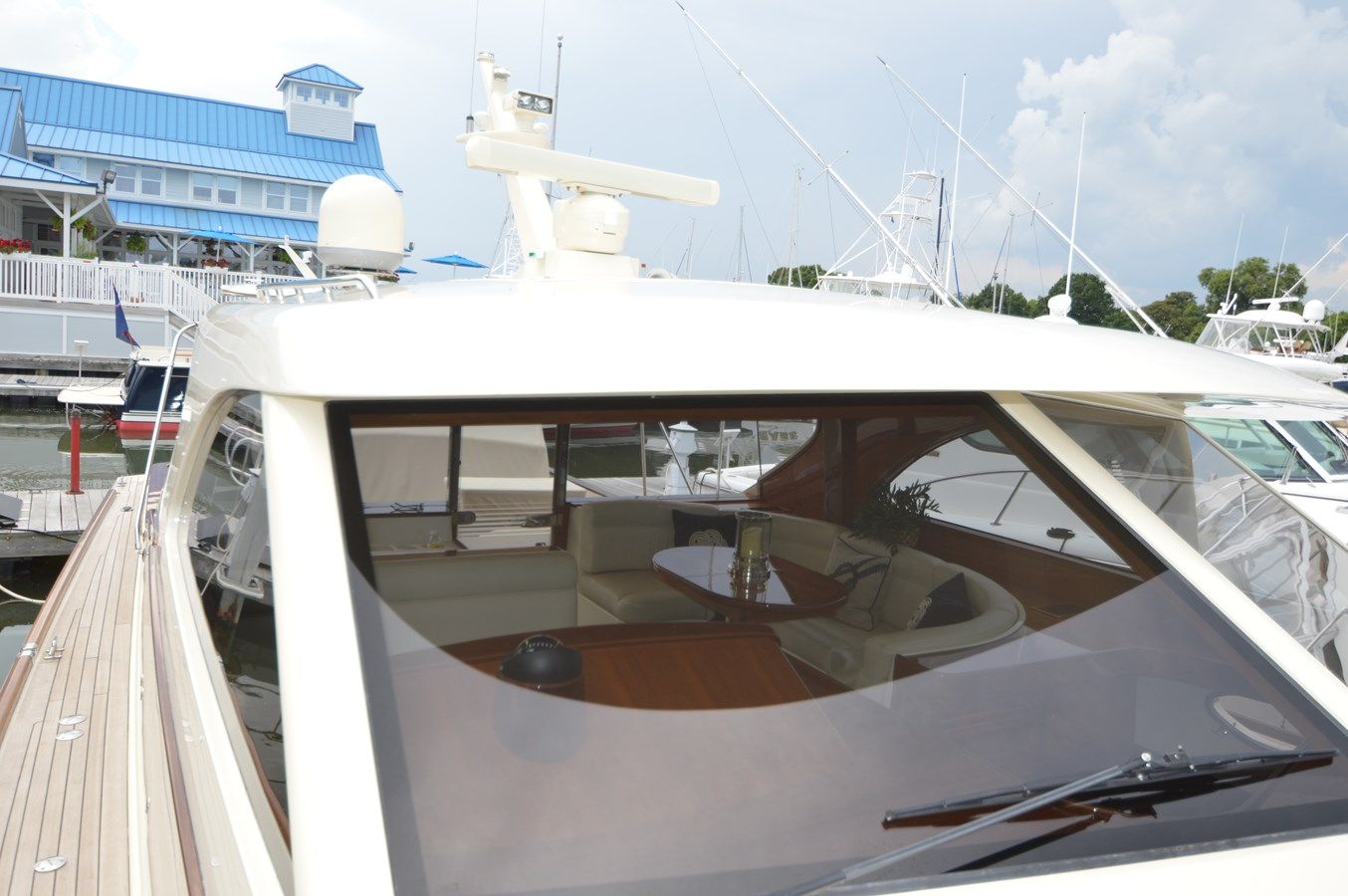 Windshield - 48 SAN JUAN For Sale
