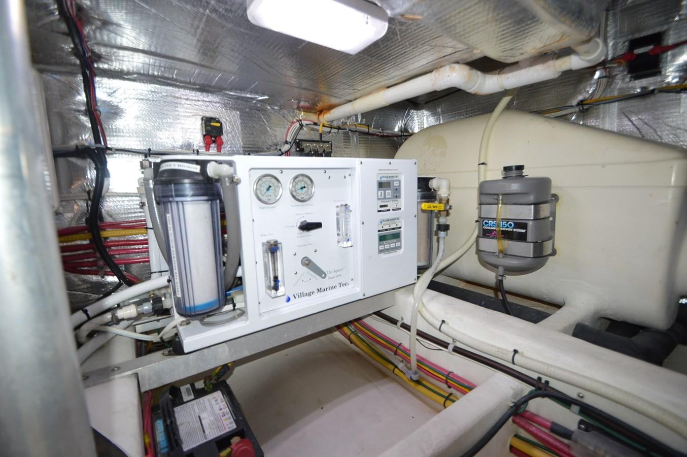 Engine Room - 48 SAN JUAN For Sale