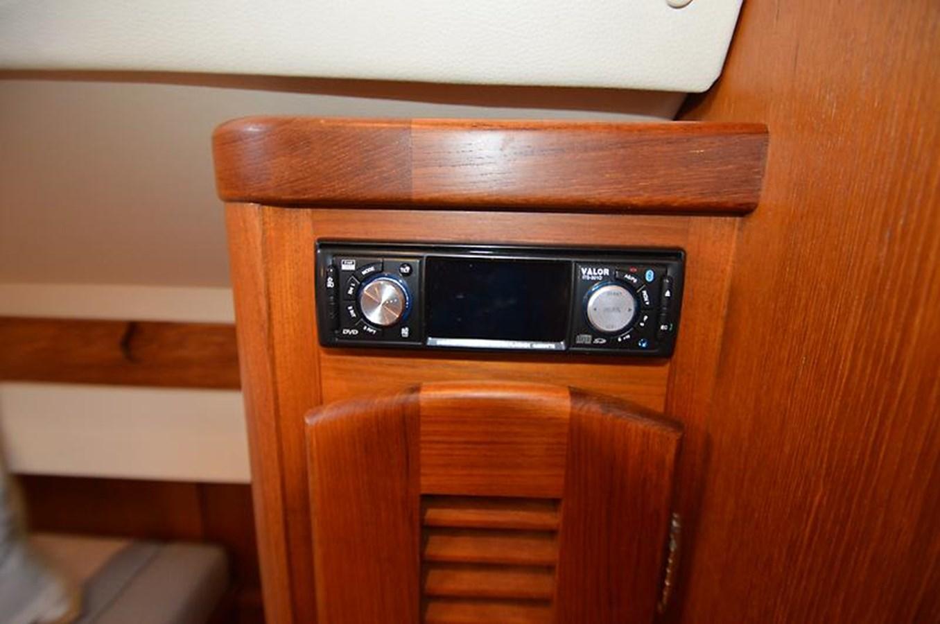 Stereo - 48 SAN JUAN For Sale