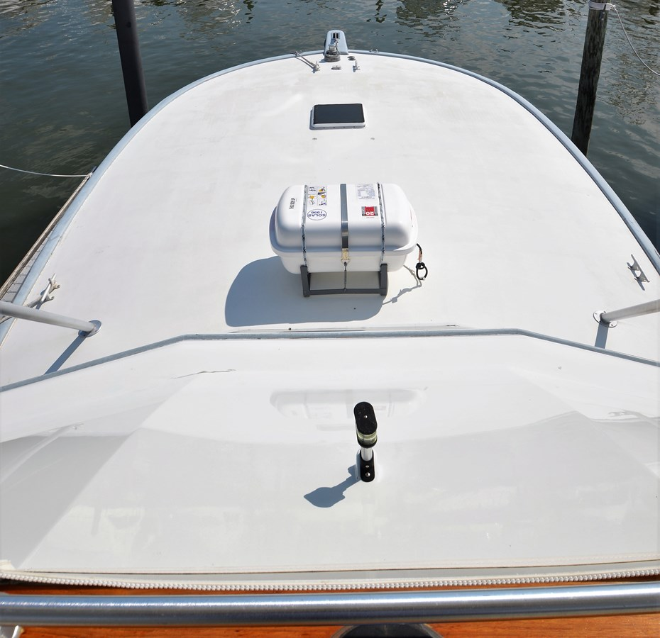 Foredeck - 47 BUDDY DAVIS For Sale