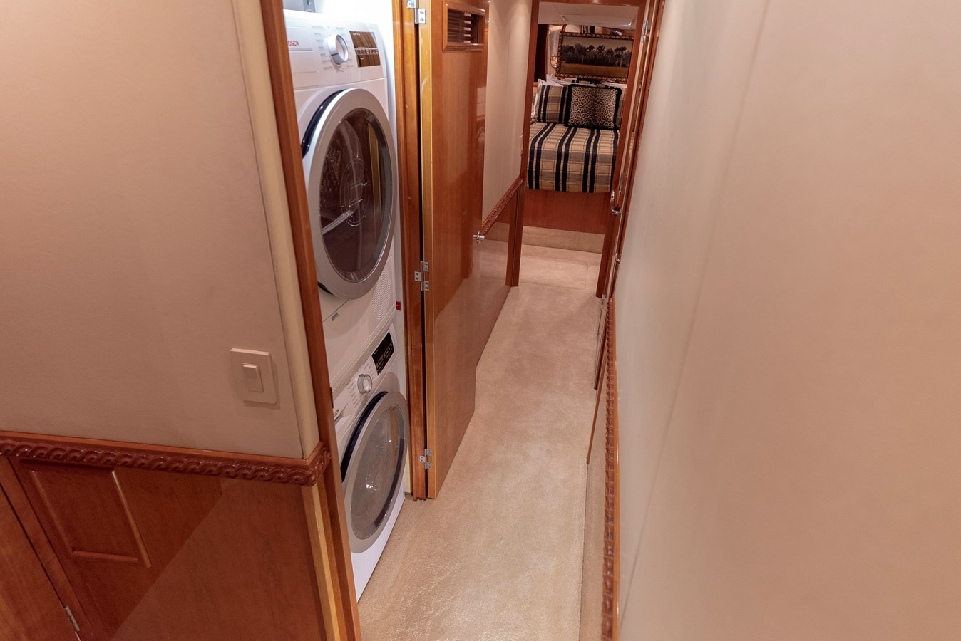 Laundry - 70 HATTERAS For Sale