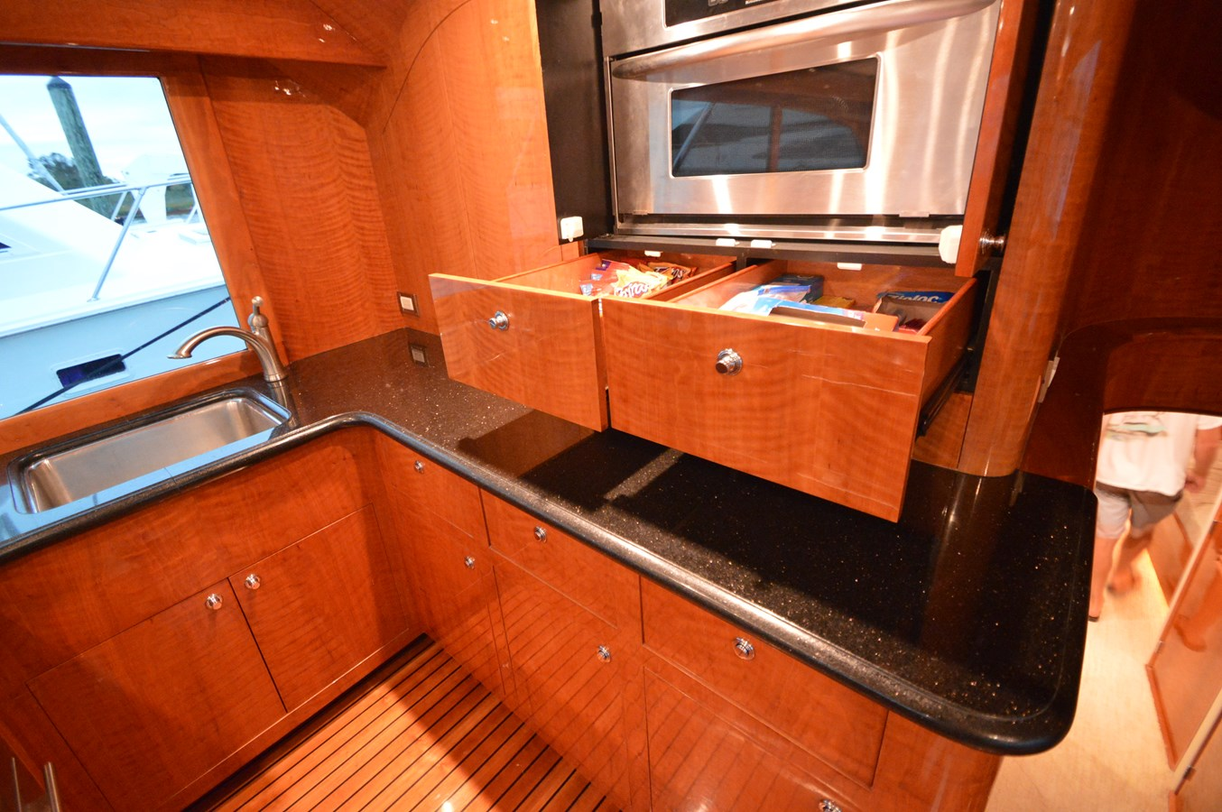 Galley - 58 JARRETT BAY For Sale