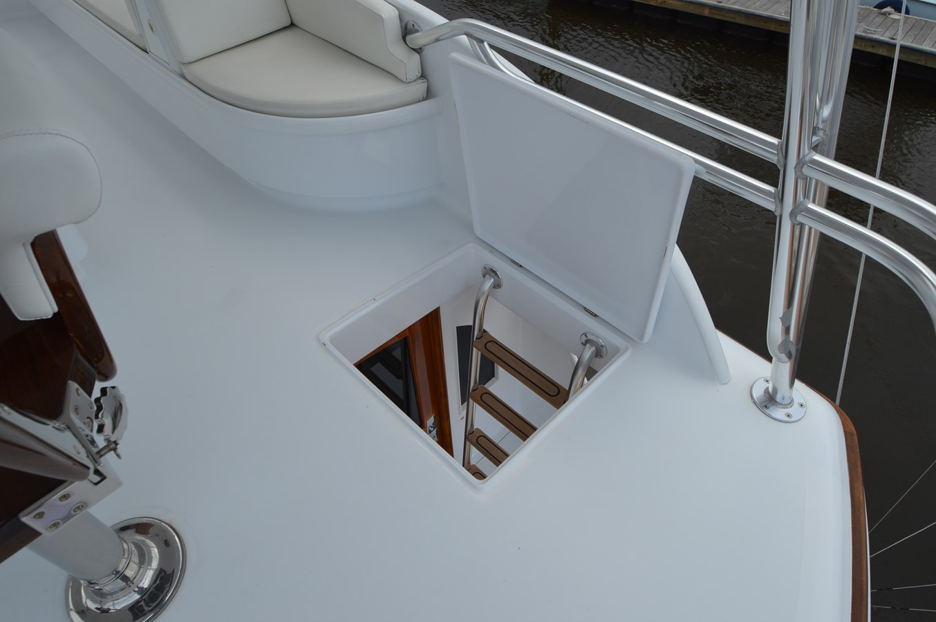 Ladder - 58 JARRETT BAY For Sale