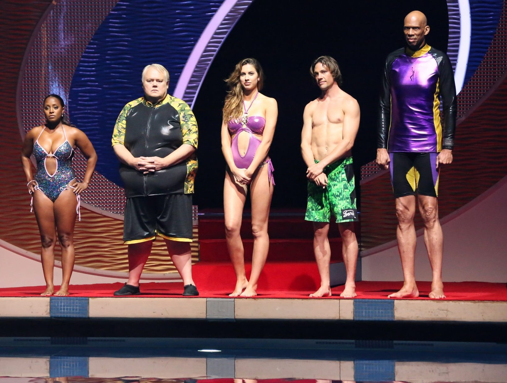 "Celebrity contestants will face their fears as they flip, twist and spin into the depths of the pool below on ""Splash,"" airing at 8 tonight on ABC. Pictured from left are Keshia Knight Pulliam, Louie Anderson, Katherine Webb, Rory Bushfield and Kareem Abdul-Jabbar."
