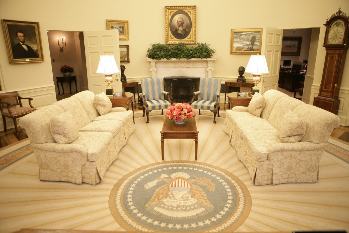 Kittinger Co. made much of the furniture featured in the replica of the Oval Office at the George W. Bush Library.
