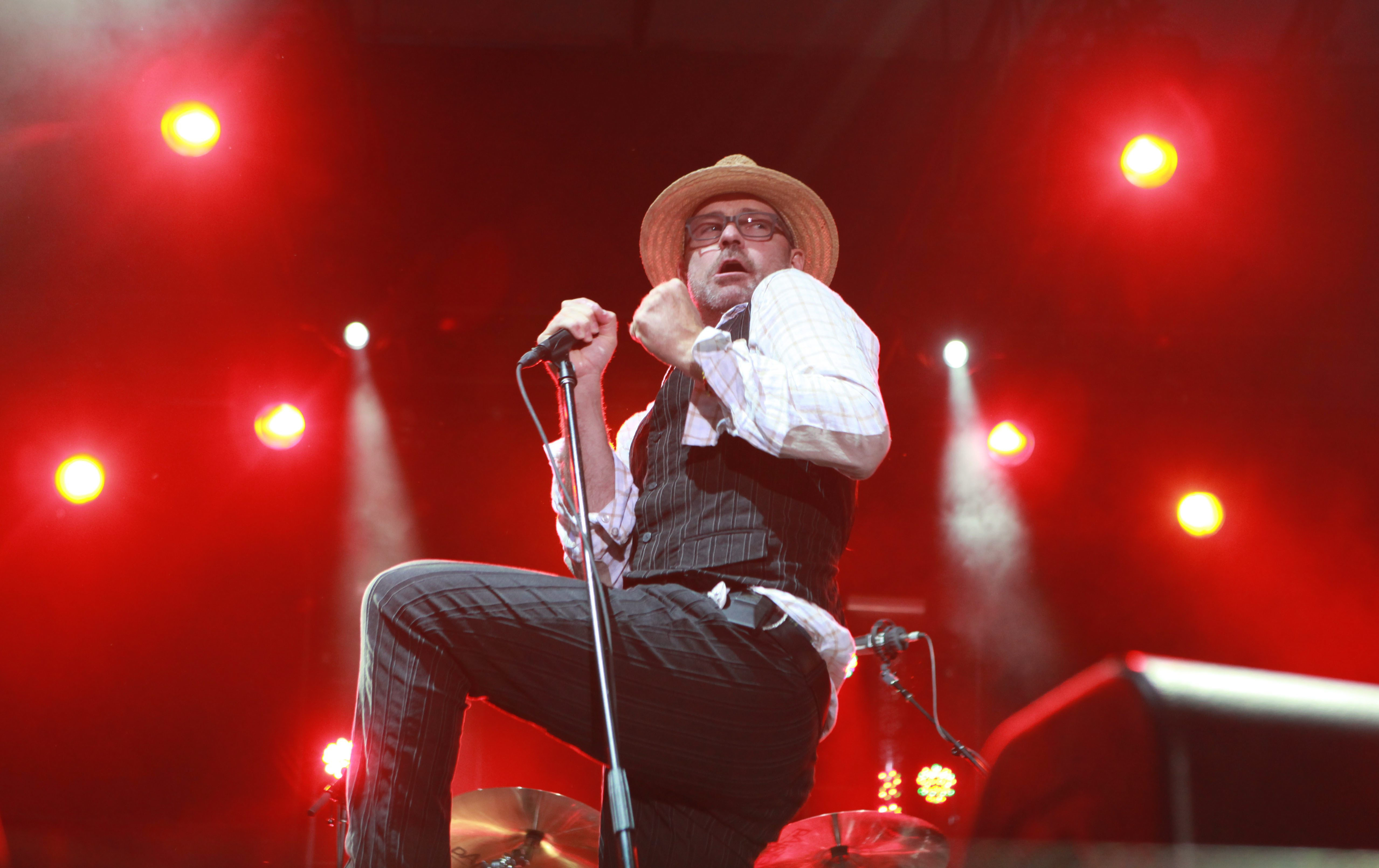 {photo for features} The Tragically Hip headlined Buffalo Rocks the Harbor on Saturday July 30, 2001 at the Central Wharf.  Gord Downie is the very theatrical lead singer.  {photo by Sharon Cantillon / Buffalo News}