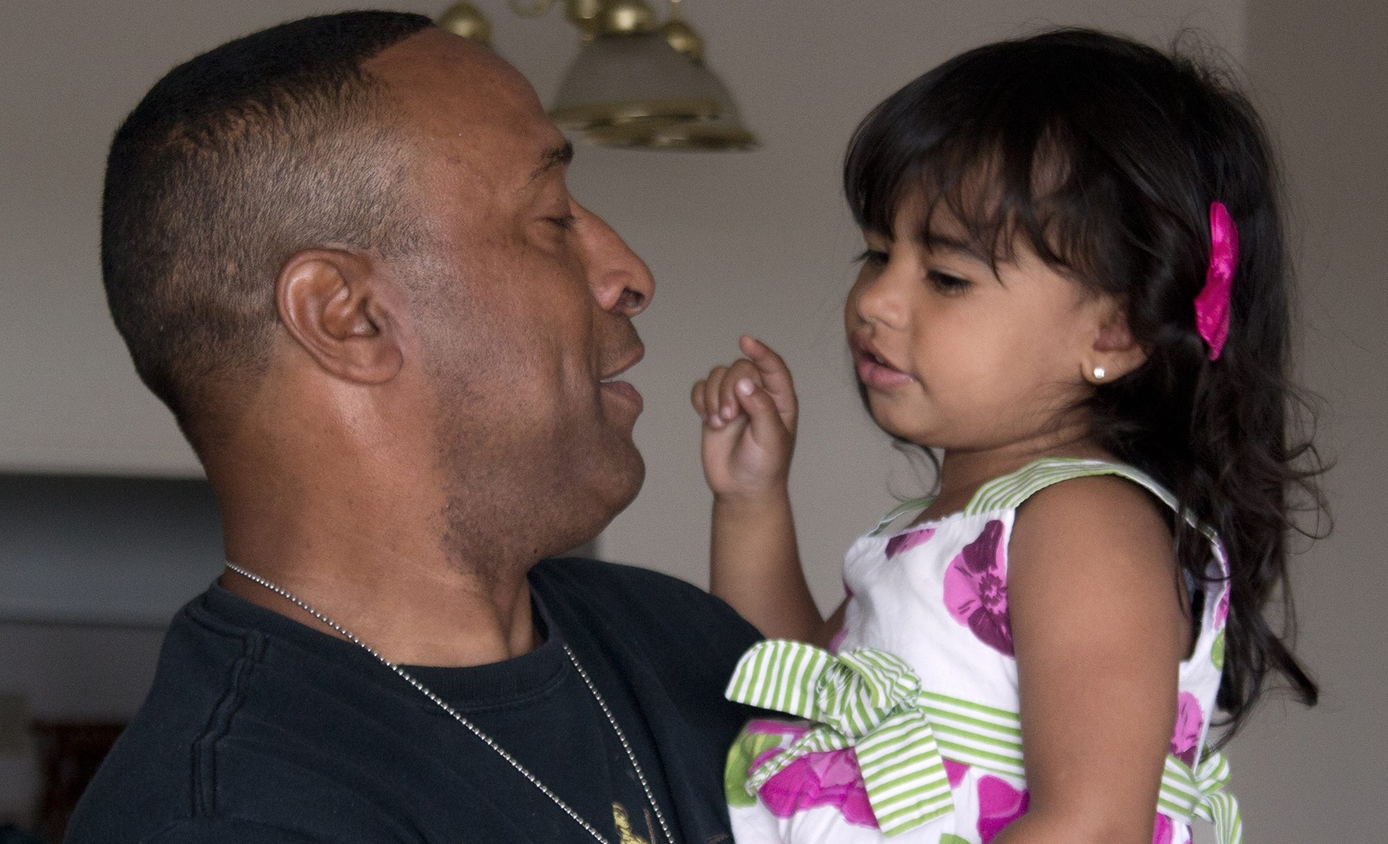 Veterans Affairs ignored the disability claim of Afghanistan war veteran Stephen Leon, here with his granddaughter, Ashley. The Massachusetts man, who was 70 percent disabled by wounds, got the VA to act on his claim only after he enlisted the help of an independent advocate.