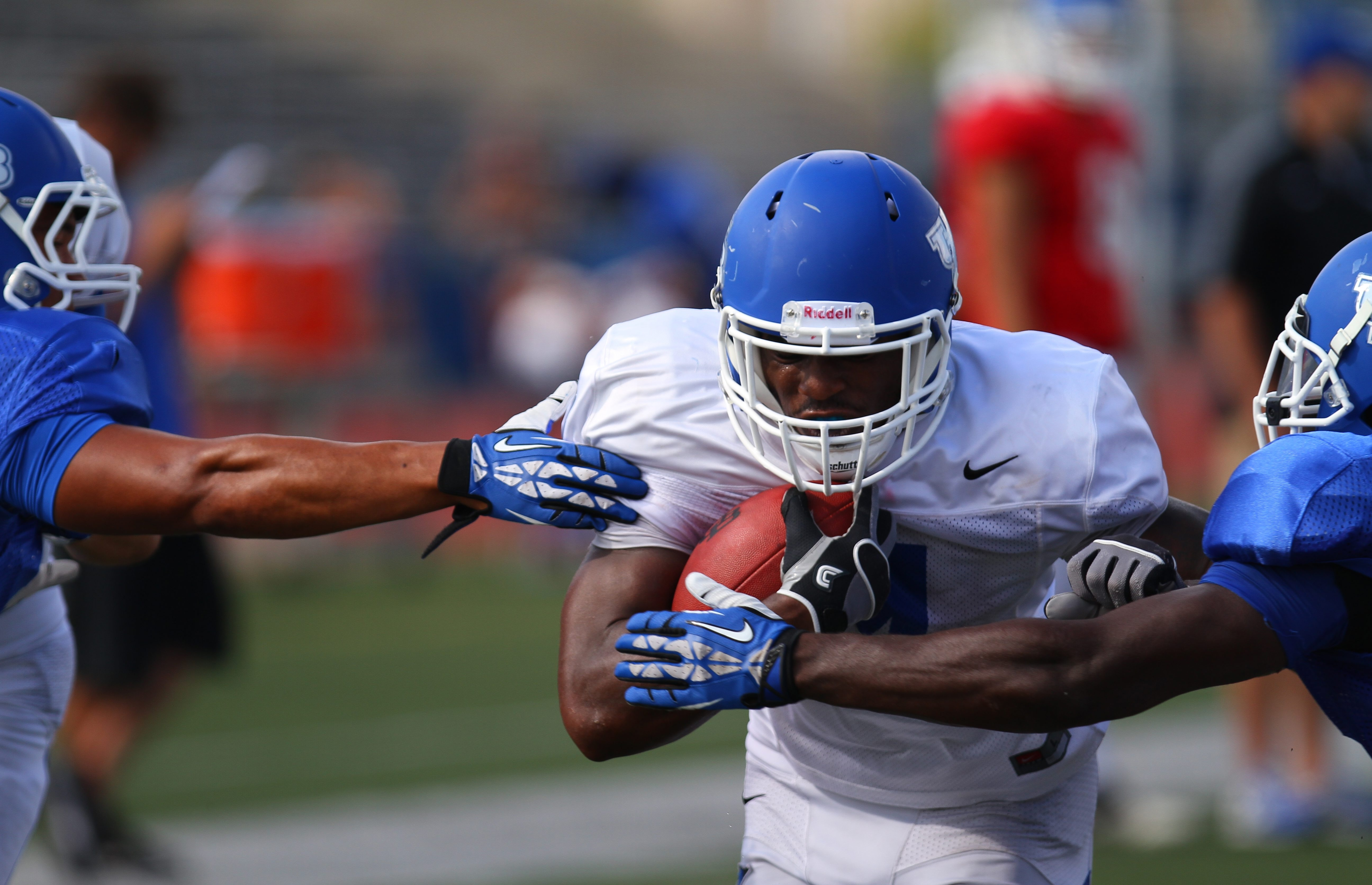 UB running back Anthone Taylor caught the eye of Jeff Quinn when he coached at Cincinnati.
