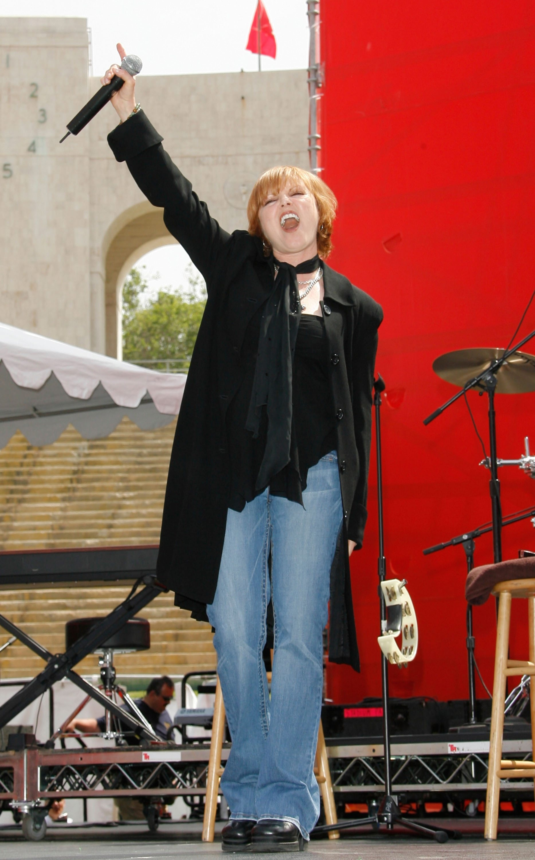 LOS ANGELES, CA – MAY 12:  Singer and songwriter Pat Benatar performs at the Revlon Run/Walk for women held at Los Angeles Memorial Coliseum on May 12, 2007 in Los Angeles California.  (Photo by Mark Davis/Getty Images) *** Local Caption *** Pat Benatar *** Local Caption *** Pat Benatar