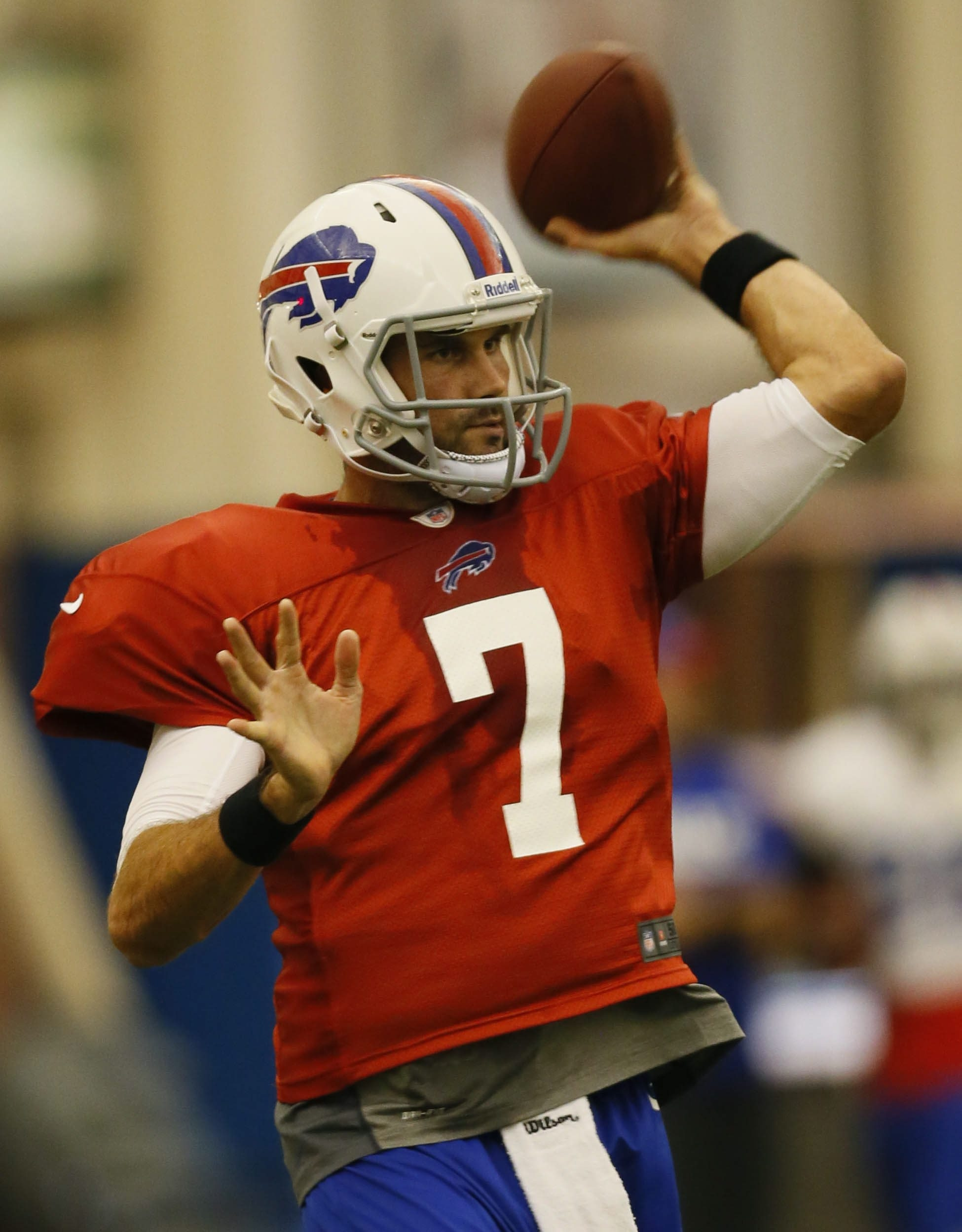 You know it's bad when the Bills are scrambling to sign Matt Leinart  (above) and making a trade for Thaddeus Lewis, adding two L's to a roster that should prepare for many more.