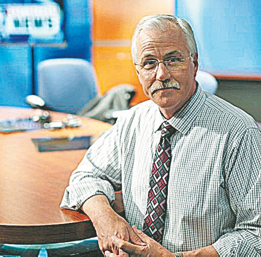 Mike Randall will continue to work weekdays on Channel 7's morning show but will only do the noon newscast two days a week.