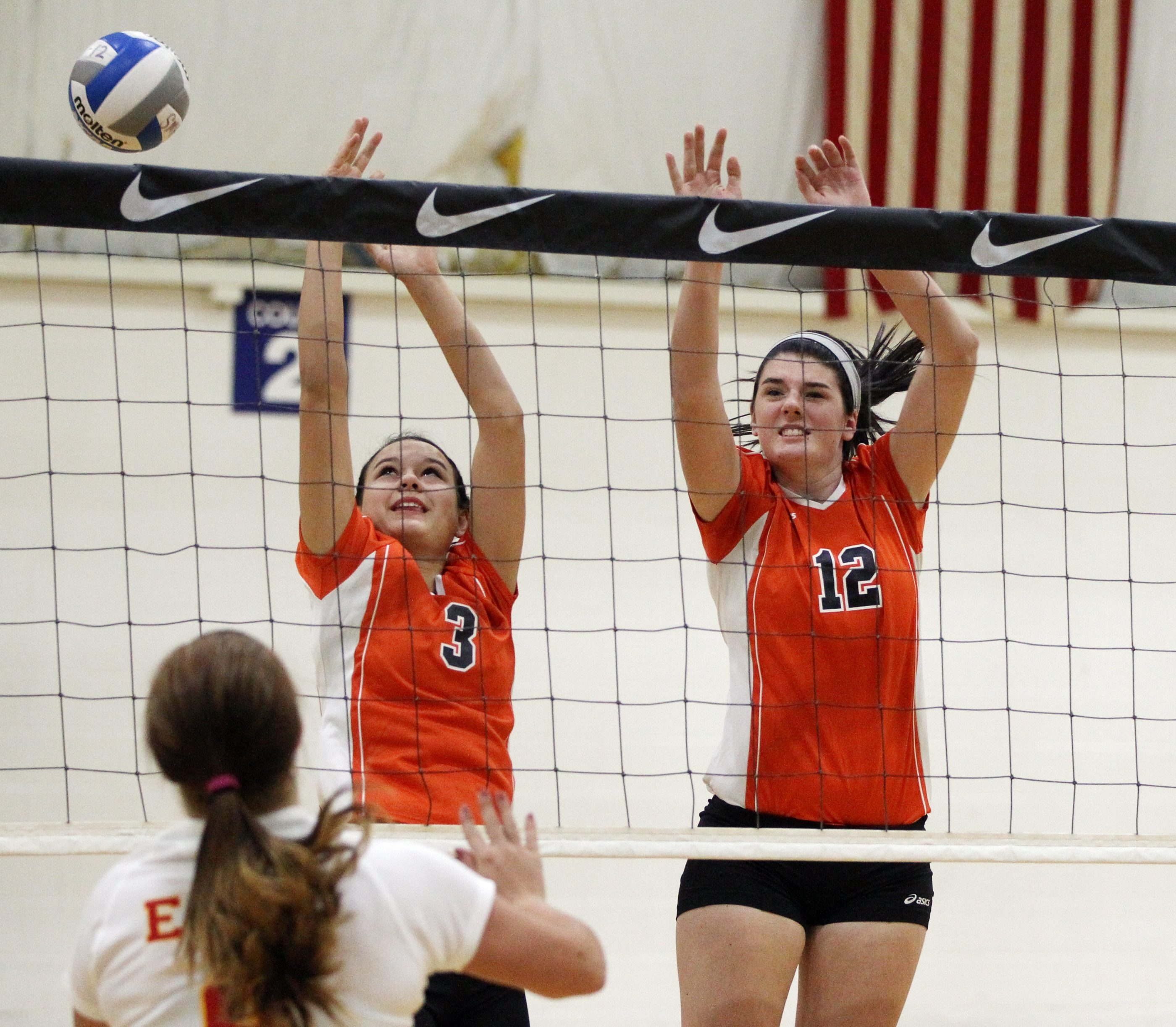 Kelly Secor (3) and Dana Smith are hoping to help Wilson to another Niagara-Orleans League title.
