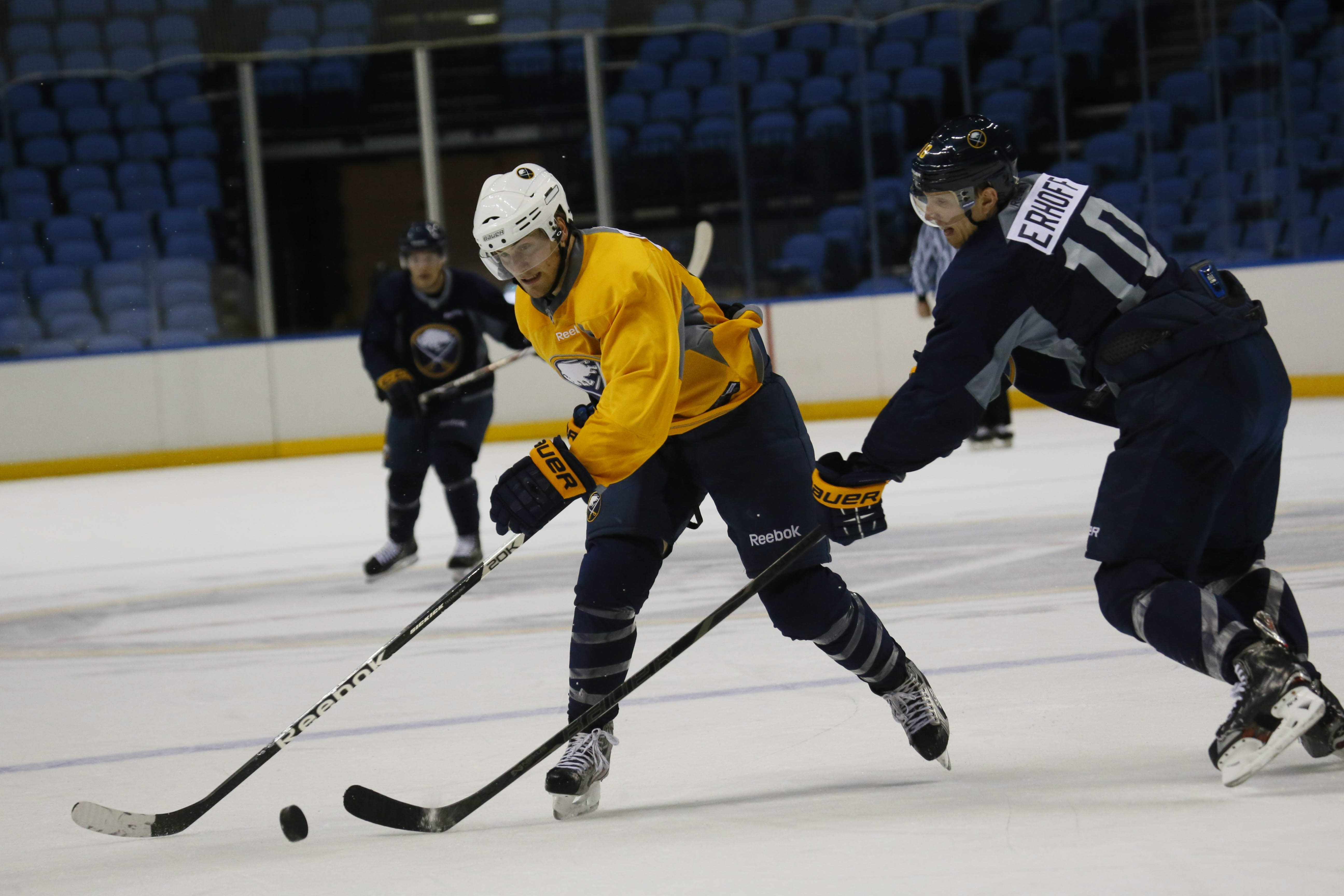 Johan Larsson had two goals in Thursday's victory.