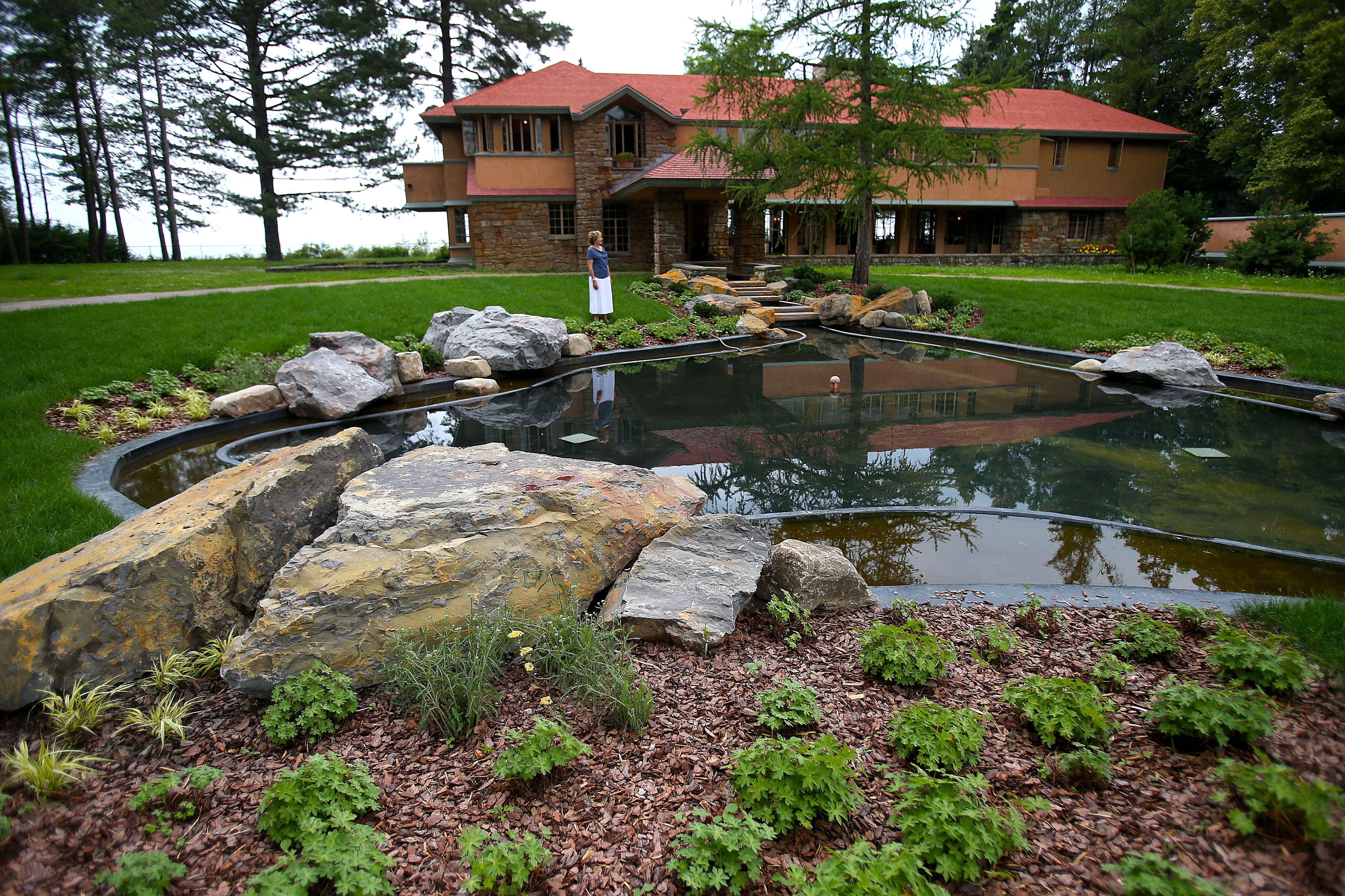 Now that the restoration on the grounds of the Frank Lloyd Wright-designed Graycliff estate in Derby is complete; work is to get under way on the interior.