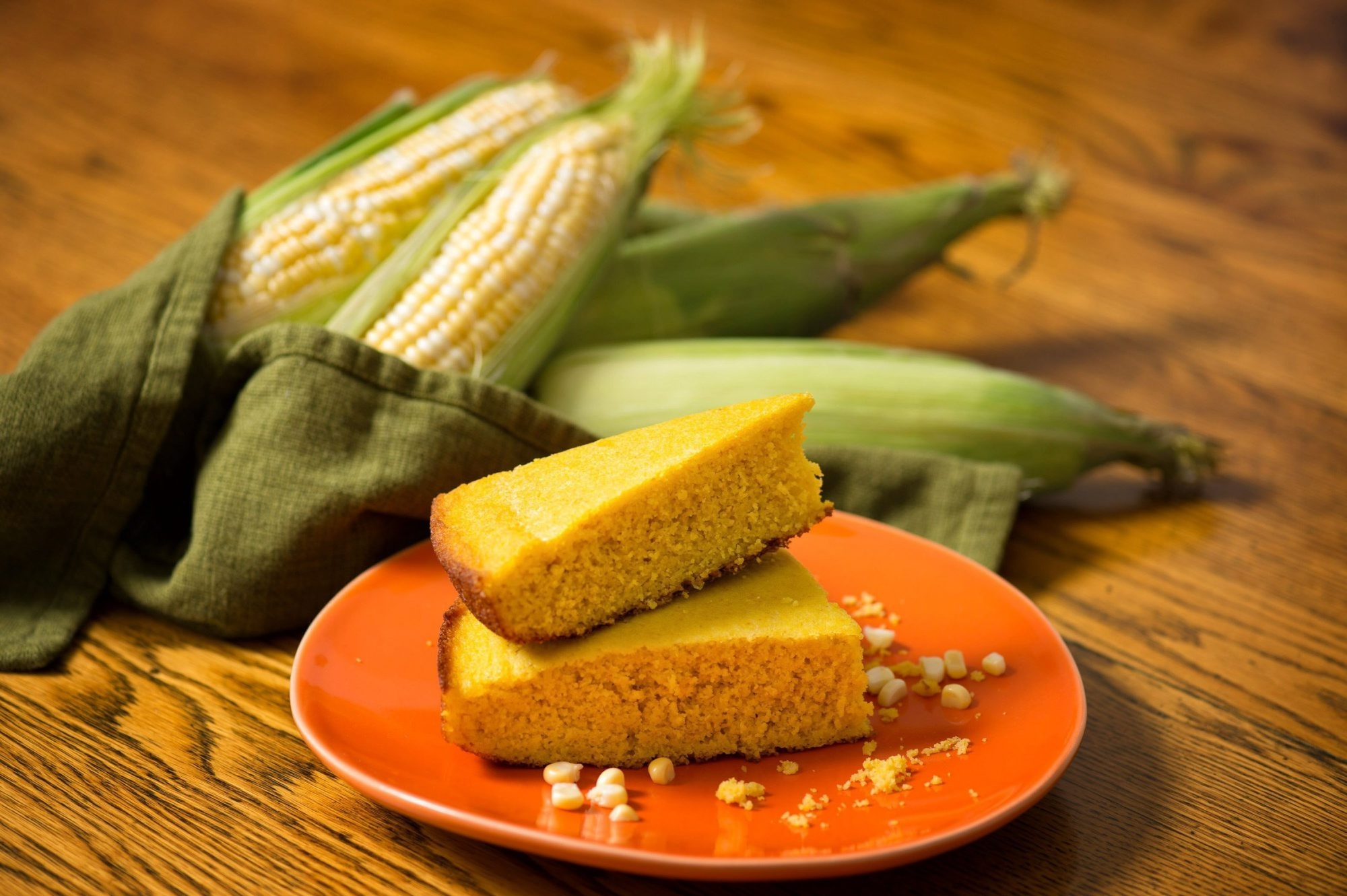 Using only cornmeal makes this cornbread gluten-free. Adding pureed fresh sweet corn boosts the corn flavor, while ensuring a moist bread.