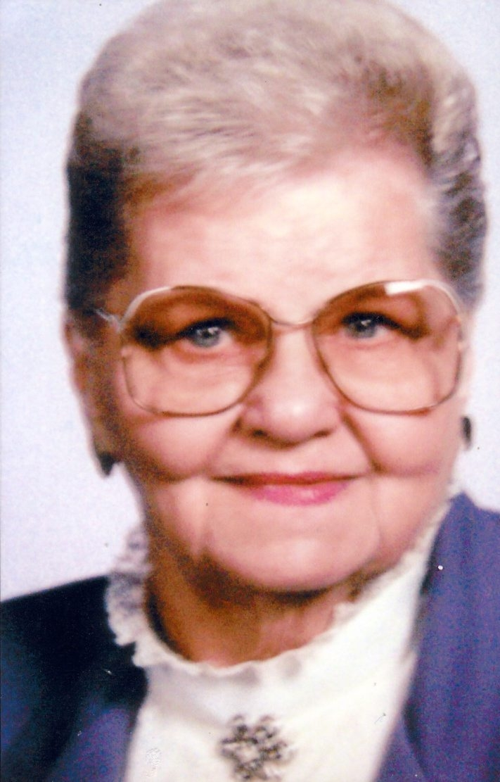 Evelyn Sivecz obit