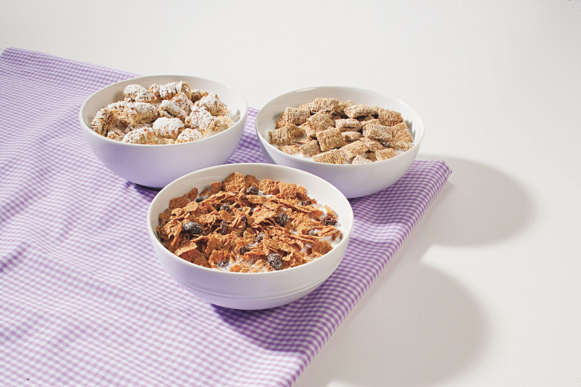 Shredded wheat and raisin bran cereals taste similar, regardless of the brand, according to Consumer Reports.
