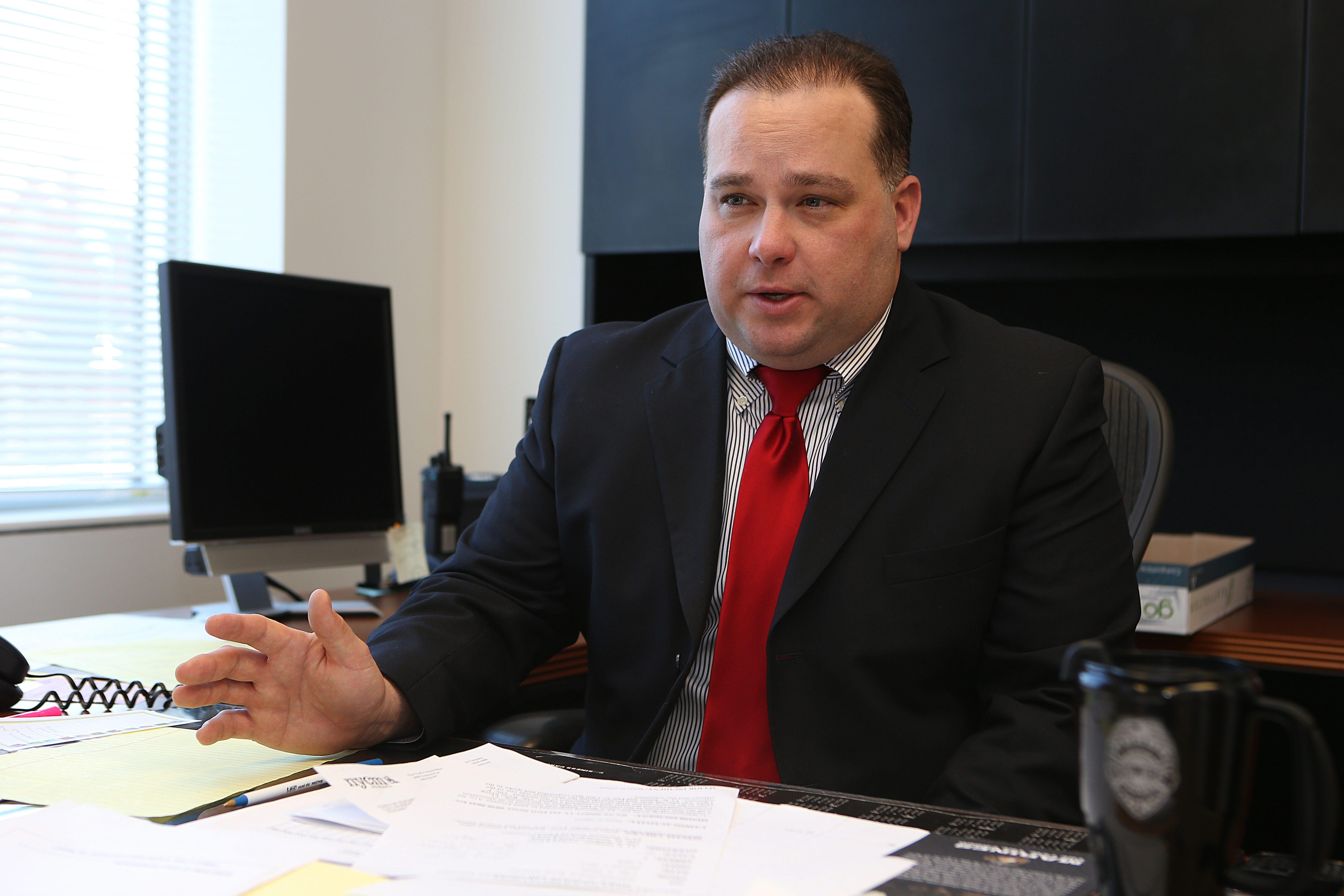 Falls Police Superintendent E. Bryan DalPorto gets set for '14