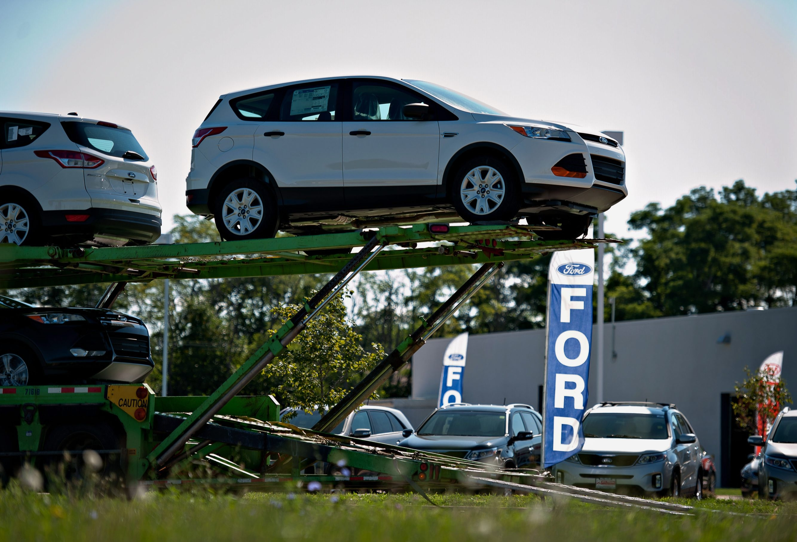 Sales of Ford vehicles like this 2014 Escape increased 6 percent in September, although sales declined in the industry overall.