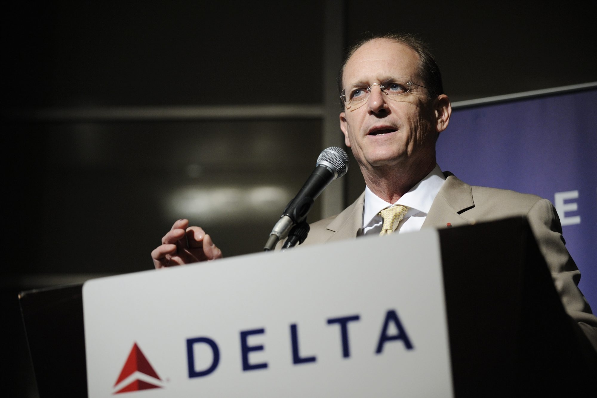 Richard Anderson, chief executive officer of Delta Air Lines Inc., speaks during a news conference in Tokyo, Japan, on Wednesday, July 31, 2013. Delta wants to move the company's Tokyo operations from Narita to Haneda, Anderson said. Photographer: Akio Kon/Bloomberg *** Local Caption *** Richard Anderson