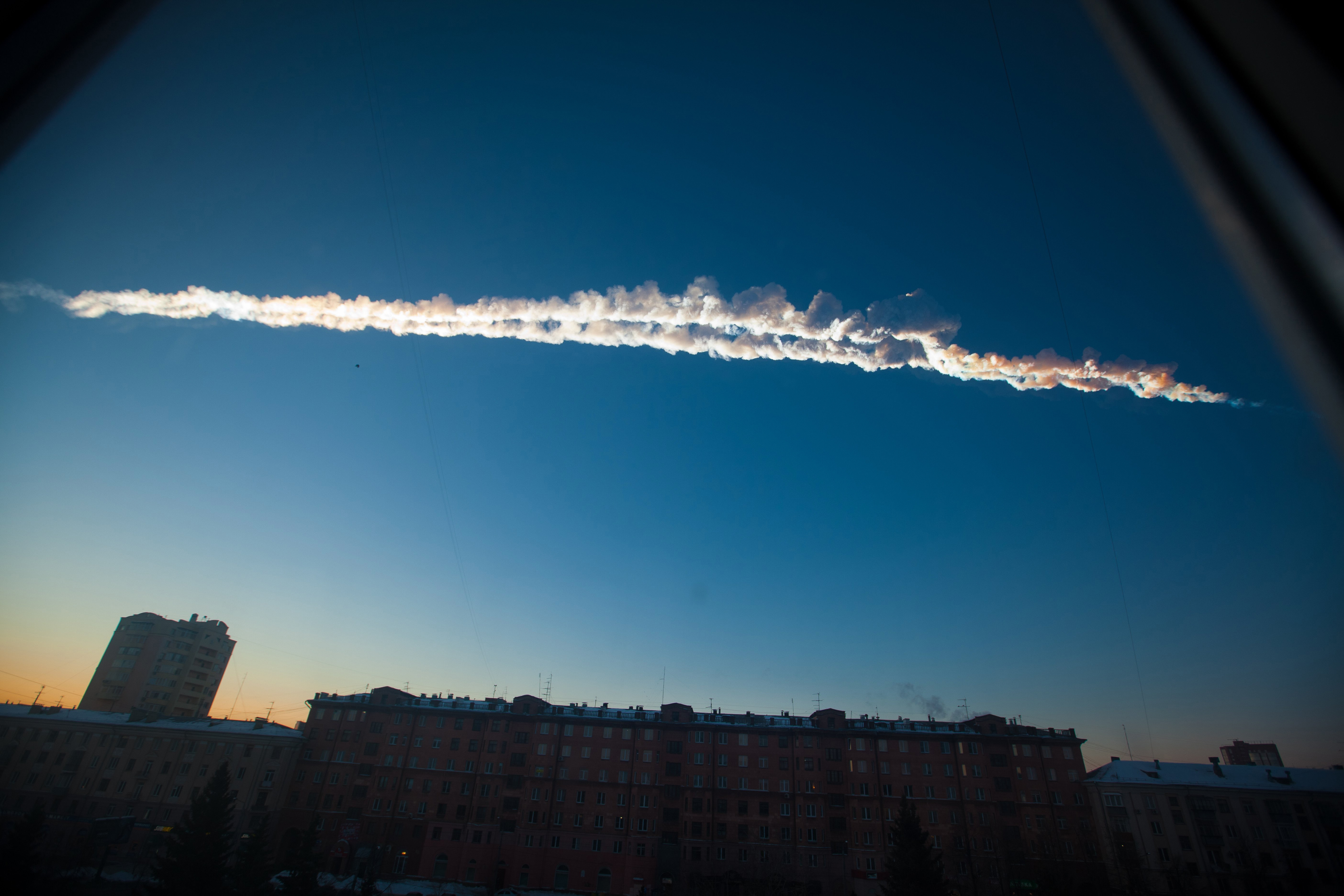 This image from the Russian city of Chelyabinsk shows the contrail of a asteroid, moments before it exploded.