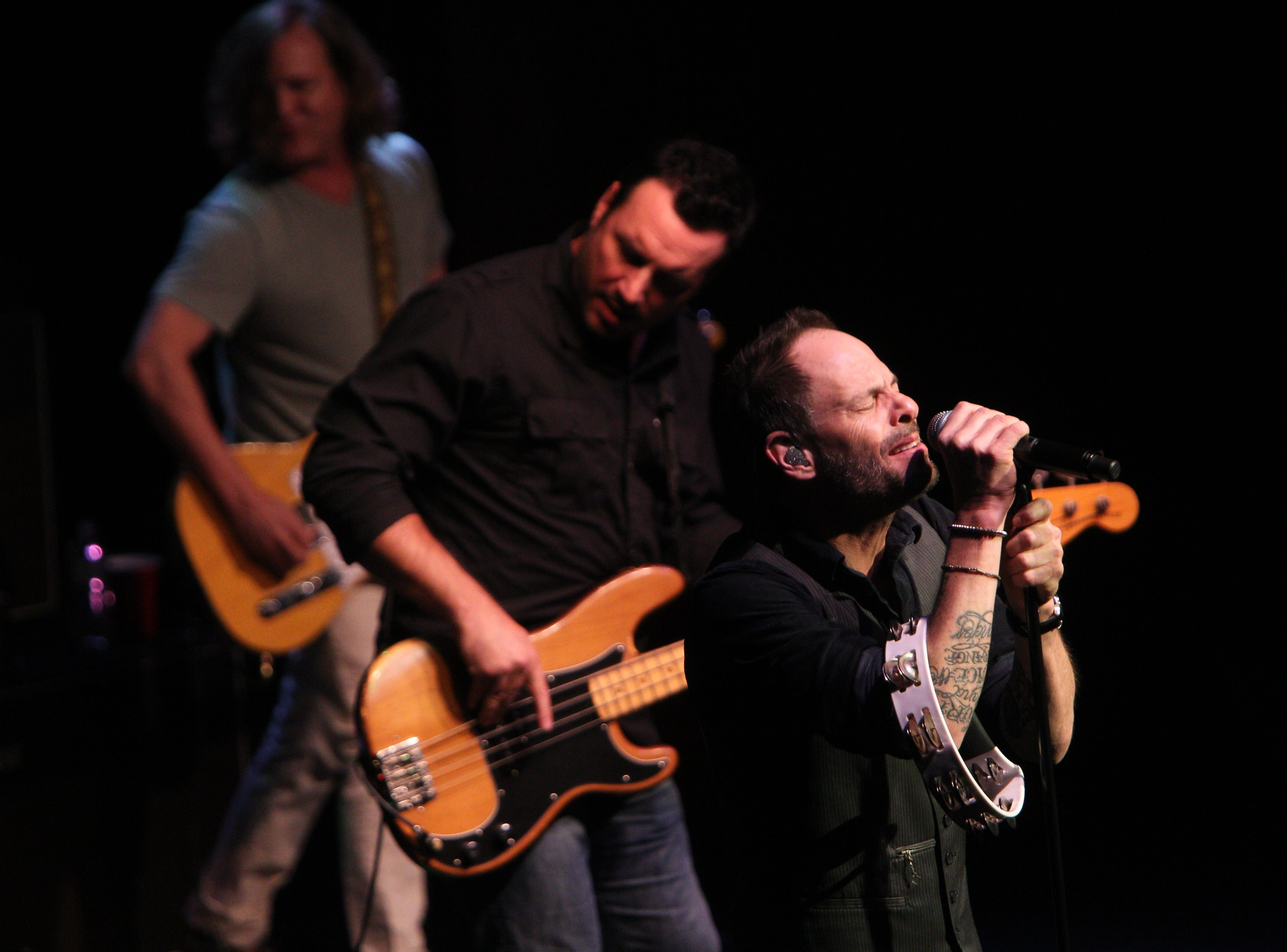 The Gin Blossoms kept fans on their feet for most of the band's performance at the Seneca Niagara Casino Bear's Den on Friday.